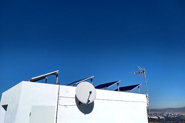 placas-solares-viviendas-baterias-3